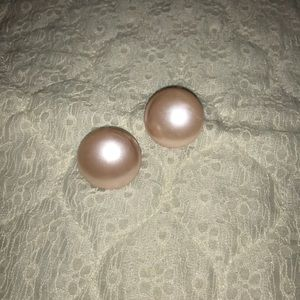 Jewelry - Pink acrylic button style earrings
